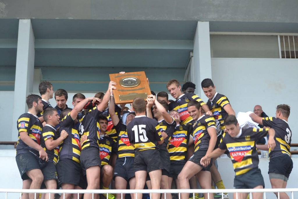 Comme l'an dernier, ce sont les cadets du Stade Montois qui ont soulevé le trophée Jacques-Lotterie.