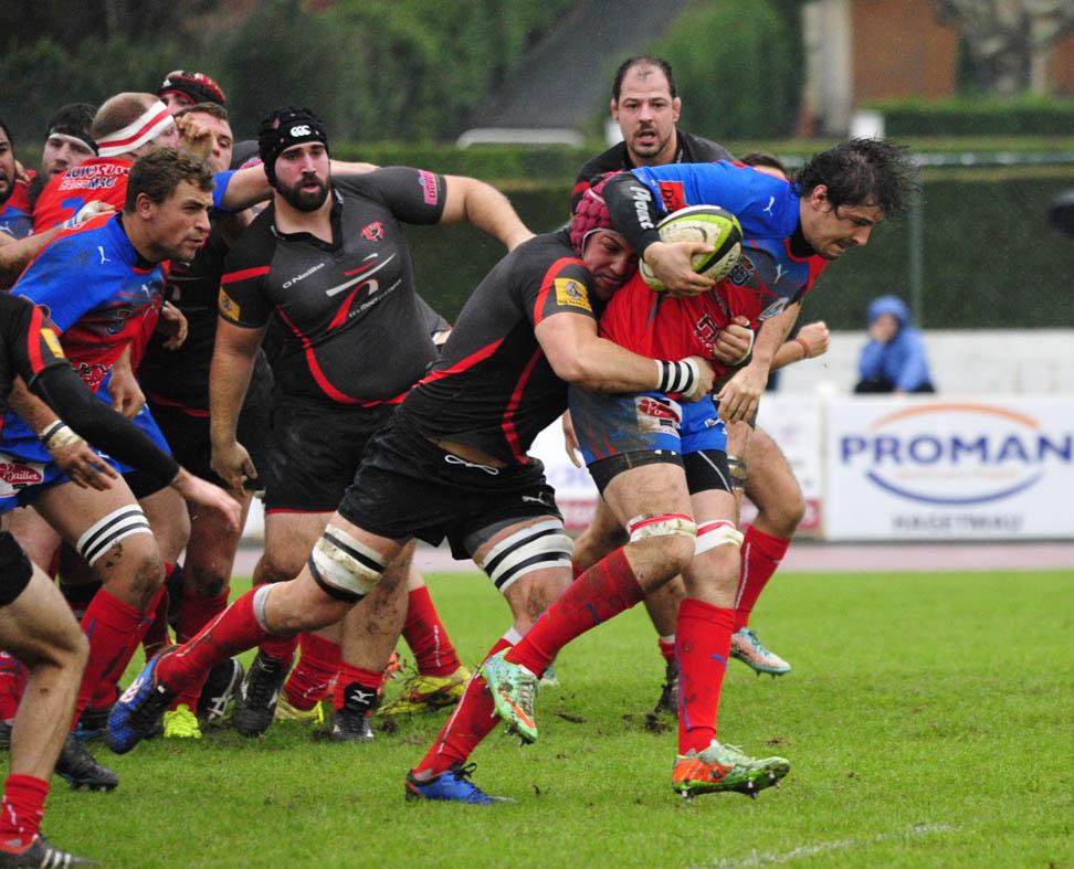 Le SAH a remporté un beau succès contre Orthez (19-8). Photo Jean-Louis Tastet